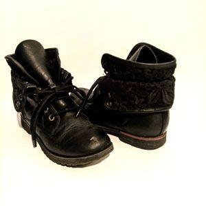 🎁 Girl's short Boots